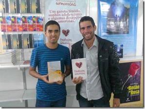"""Palestrante Júnior Pereira fará turnê e lançamento do seu novo livro """"Autoajuda e Motivação""""."""